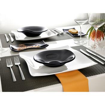 Cera Glass Black Plate 8 1/4 in