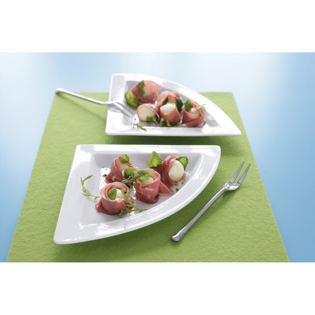 New Wave Triangle Plate 8 1/2 in, , large